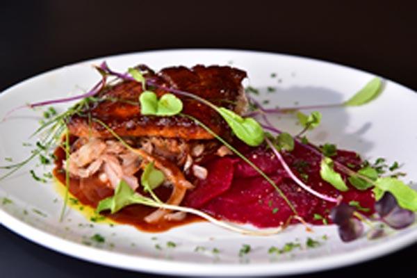 recetas para cocinar salmon con col rizada
